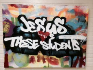 Jesus loves these students pic-1300x975